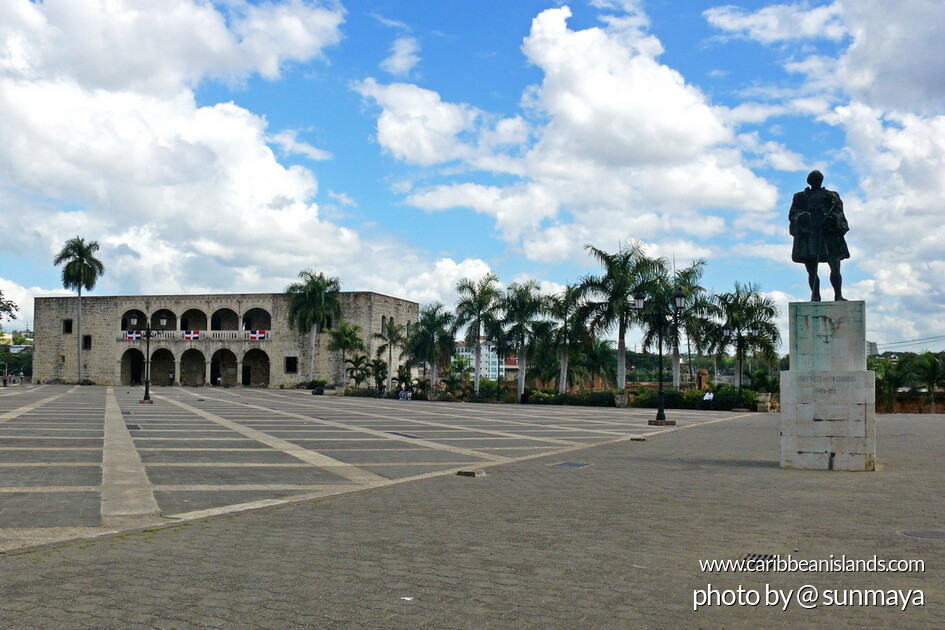 Plaza mit Museo Alcazar de Colon, Santo Domingo