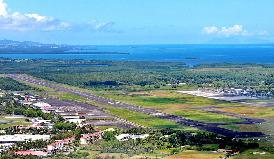 Pointe-a-Pitre International Airport :. Guadeloupe