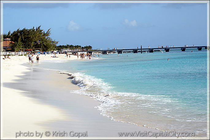white sandy beaches and cristal clear water at Grand Turk